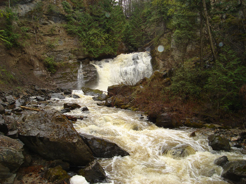 Chase-Creek-Falls.jpg